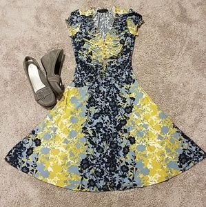 BCBGMAXAZRIA Blue Floral Shirred Dress XXS